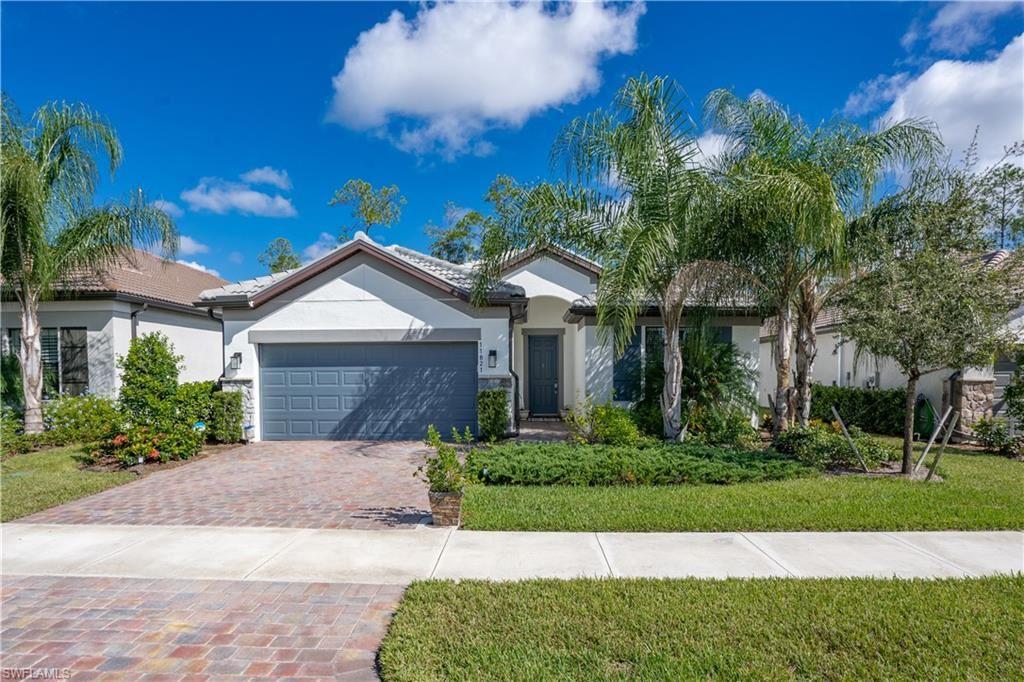 11821 Clifton Terrace, Fort Myers, FL 33913 - #: 221072244
