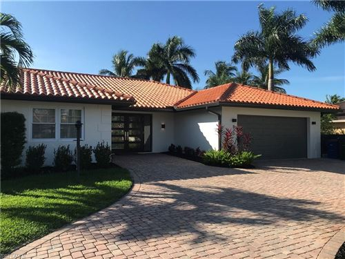 Photo of 820 Cape View Drive, FORT MYERS, FL 33919 (MLS # 220000252)