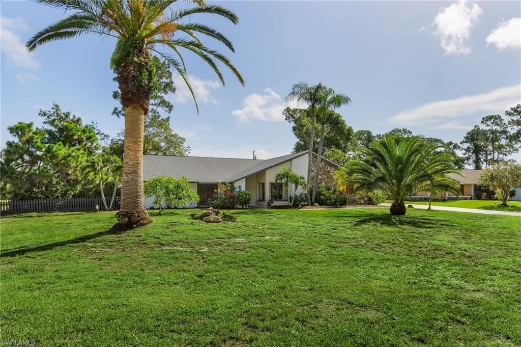 2462 Round Table Court, Fort Myers, FL 33912 - #: 221029253