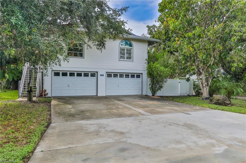 280 Nature View Court, Fort Myers Beach, FL 33931 - #: 221059256