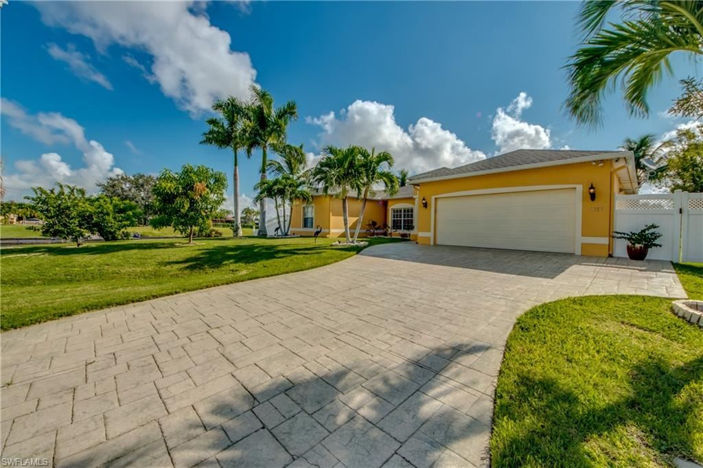 4317 SW 5th Place, Cape Coral, FL 33914 - #: 221068265