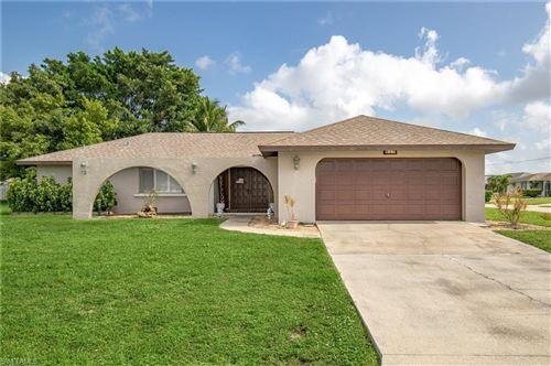 Photo of 927 SE 34th Terrace, CAPE CORAL, FL 33904 (MLS # 220047287)