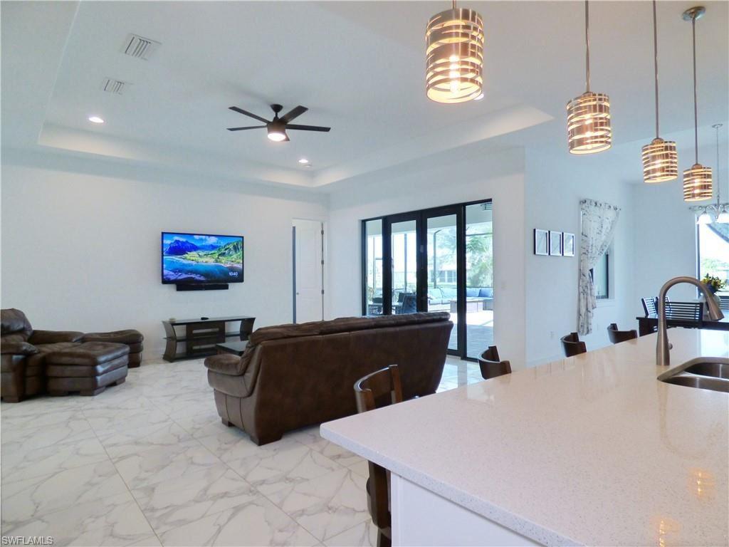 1217 SW 15th Terrace, Cape Coral, FL 33991 - #: 220045299