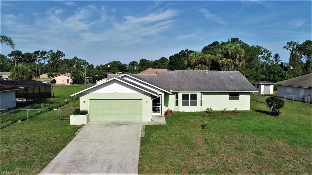 203 Mcarthur Avenue, Lehigh Acres, FL 33936 - #: 221033305