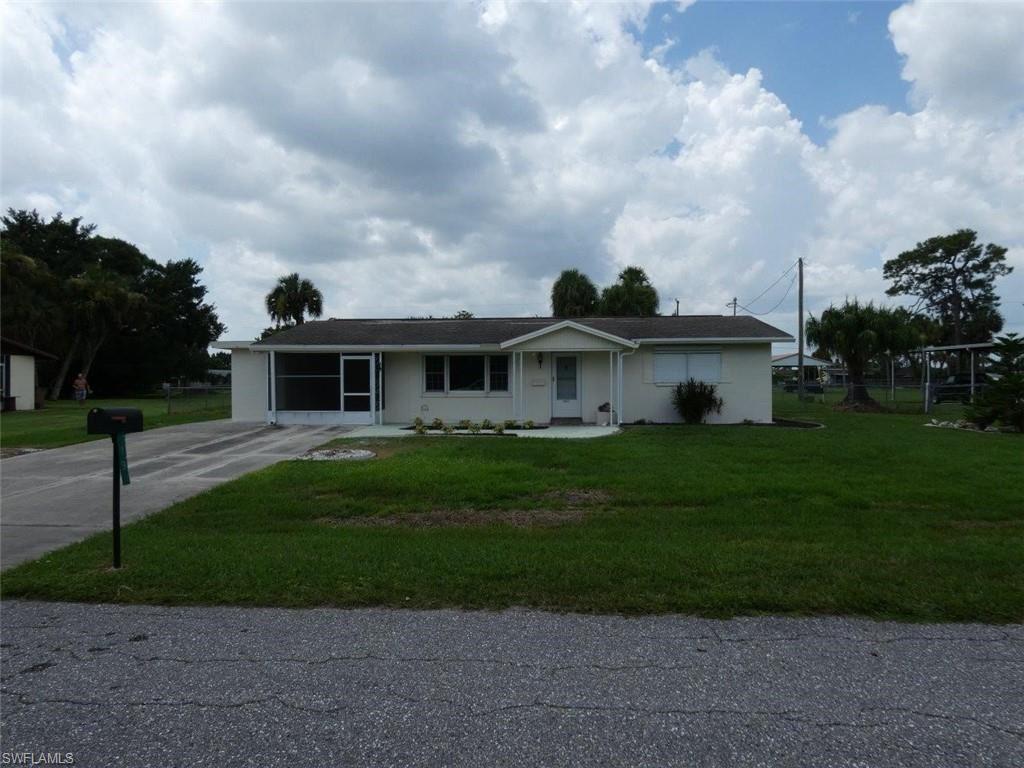 19 Greenwood Avenue, Lehigh Acres, FL 33936 - #: 221065306