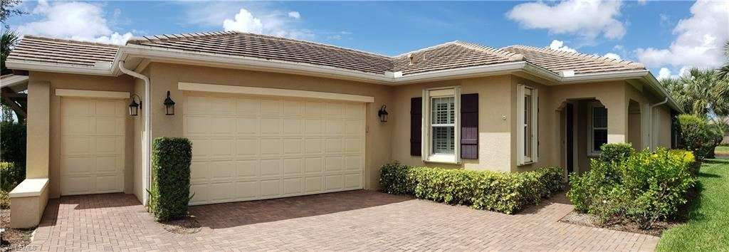 10852 Valentina Court, Fort Myers, FL 33913 - #: 220056325