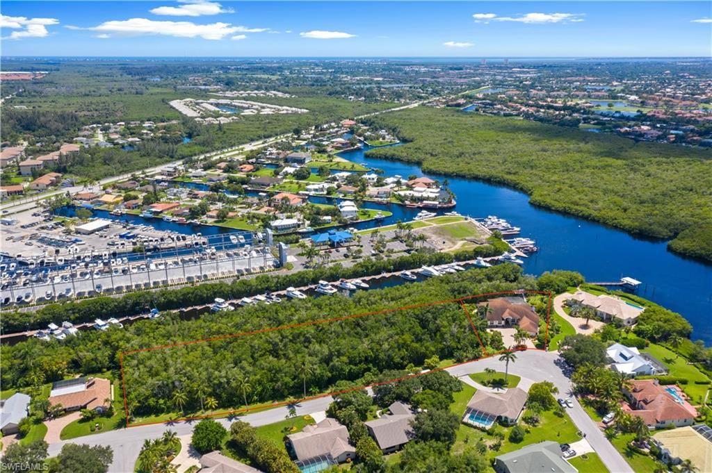 840 Deep Lagoon Lane, Fort Myers, FL 33919 - #: 221056327