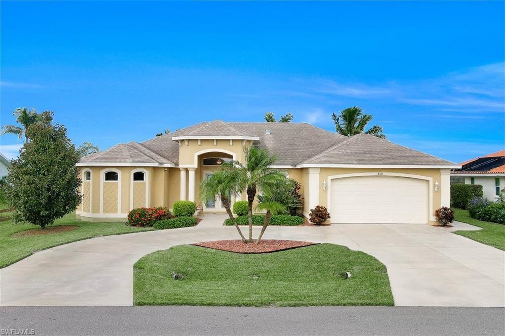 808 SW Santa Barbara Place, Cape Coral, FL 33991 - #: 220058329