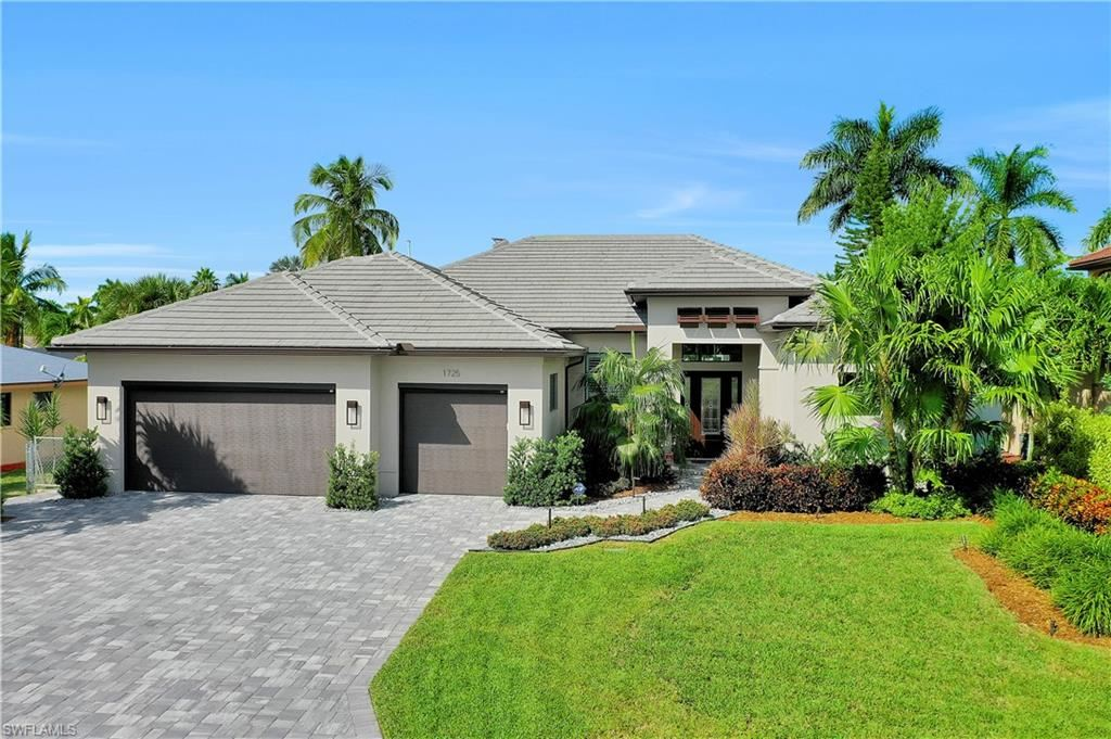 1725 SE 44th Street, Cape Coral, FL 33904 - #: 219068330