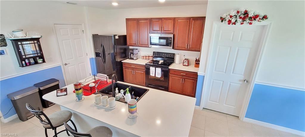 1806 NW 15th Terrace, Cape Coral, FL 33993 - #: 221065332