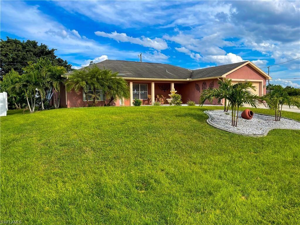 1805 NE 16th Place, Cape Coral, FL 33909 - #: 221071335