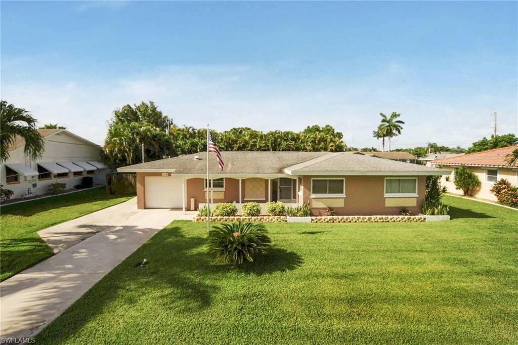 218 SE 44th Terrace, Cape Coral, FL 33904 - #: 221047344