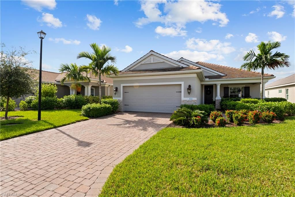 4654 Mystic Blue Way, Fort Myers, FL 33966 - #: 220059348