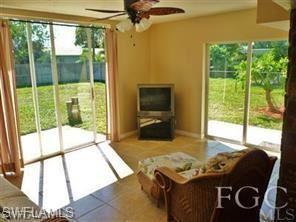 930 SE 26th Terrace, Cape Coral, FL 33904 - #: 221032351