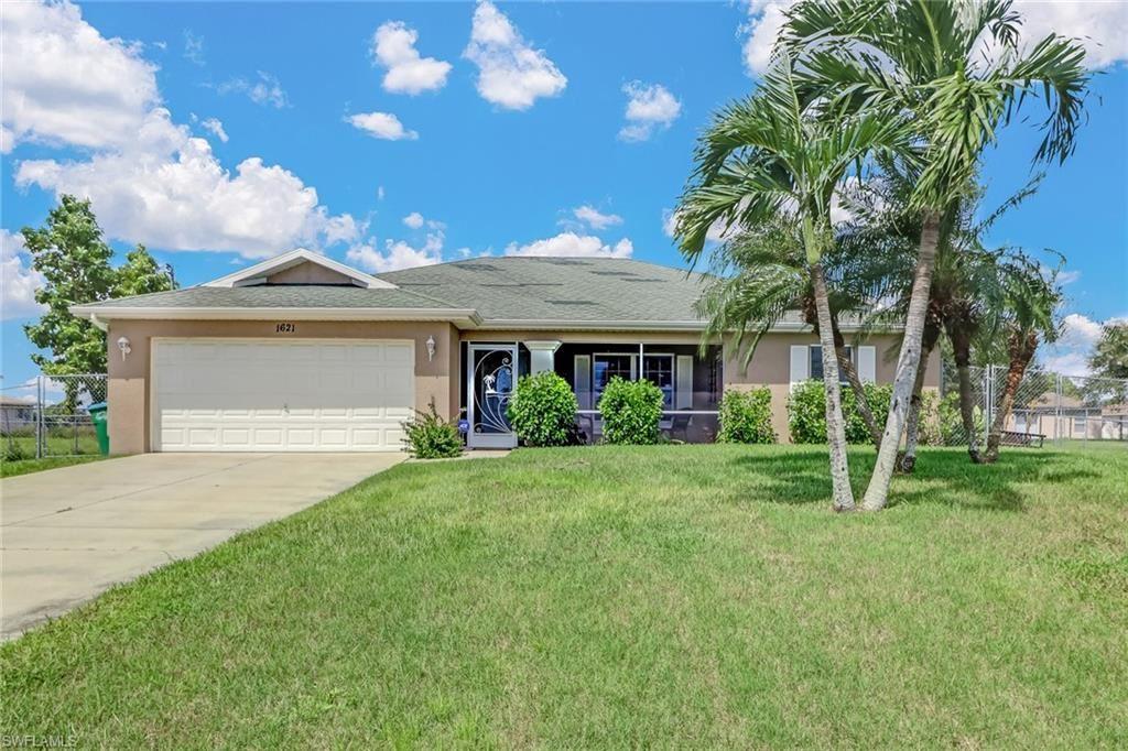 1621 NW 1st Terrace, Cape Coral, FL 33993 - MLS#: 220059352