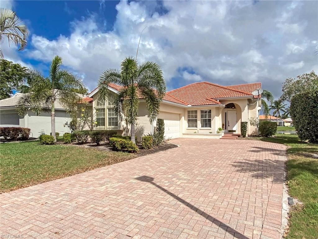 9954 Las Casas Drive, Fort Myers, FL 33919 - #: 221015352
