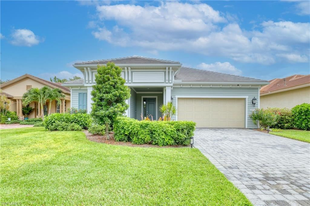 13717 Woodhaven Circle, Fort Myers, FL 33905 - #: 221057361