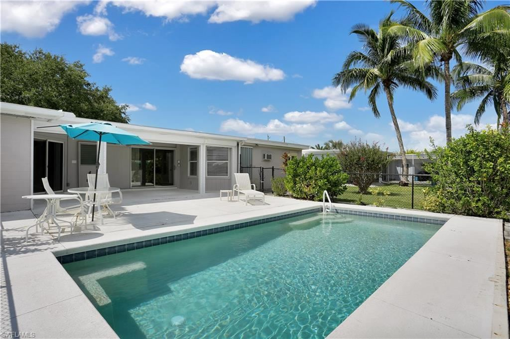 7 Clearview Boulevard, Fort Myers Beach, FL 33931 - #: 221071361