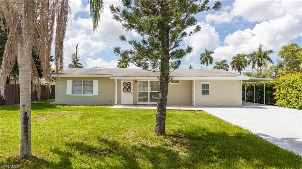 1456 Davis Drive, Fort Myers, FL 33919 - #: 221057371