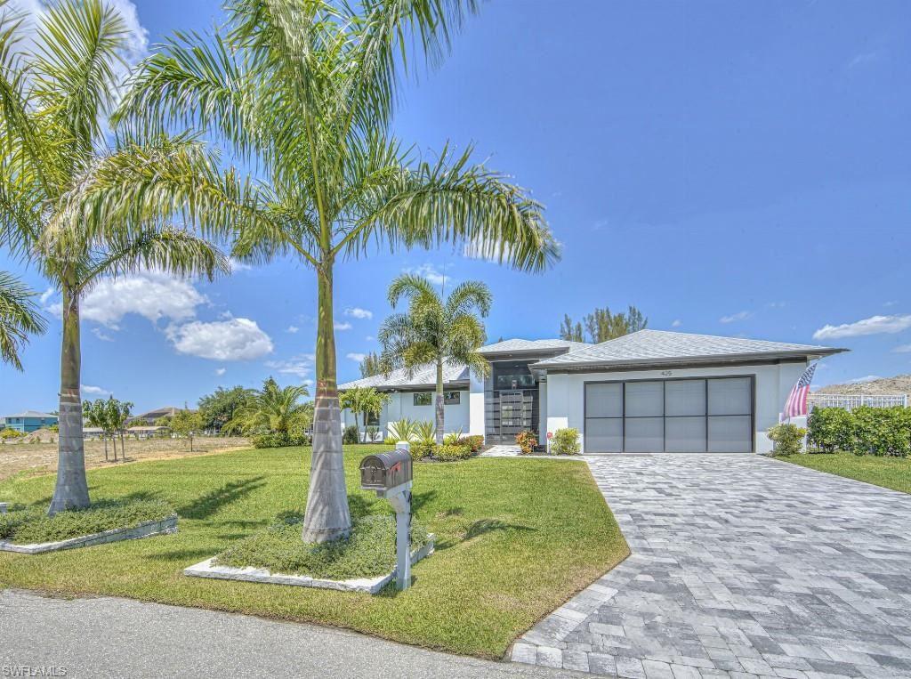 425 SE 31st Street, Cape Coral, FL 33904 - #: 221027392