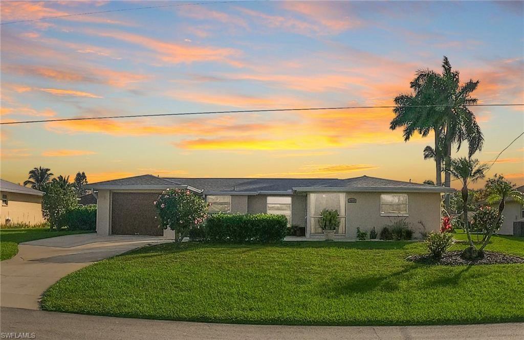 4413 SE 10th Avenue, Cape Coral, FL 33904 - #: 221013400