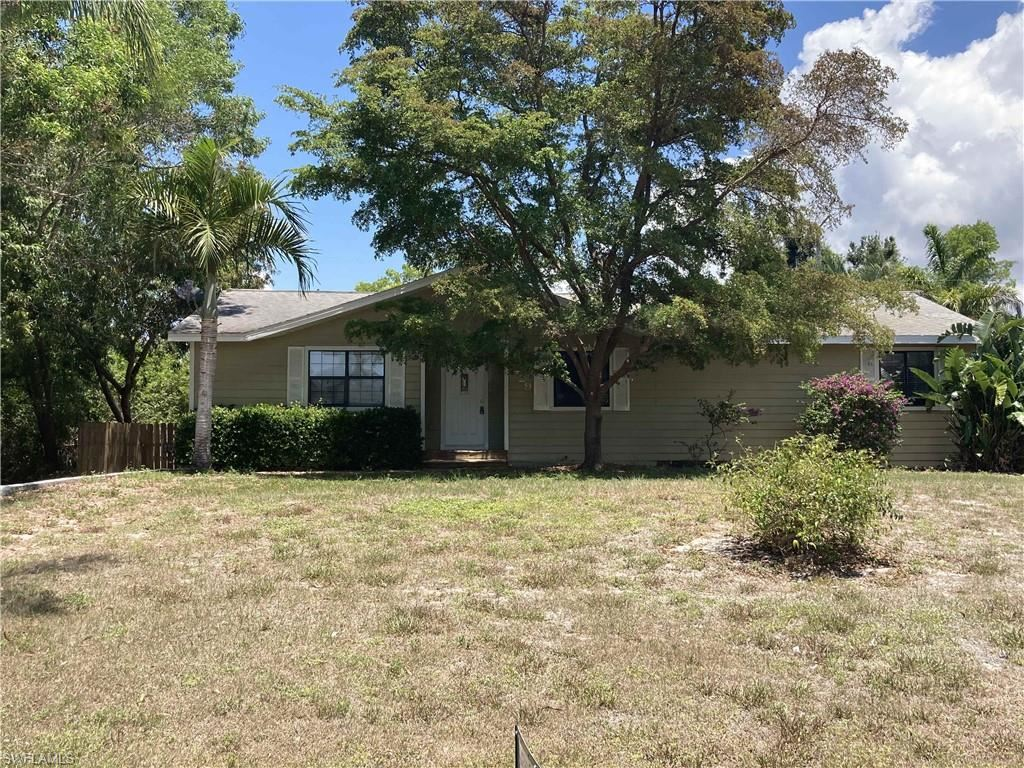 8429 Cardinal Road, Fort Myers, FL 33967 - #: 221023401