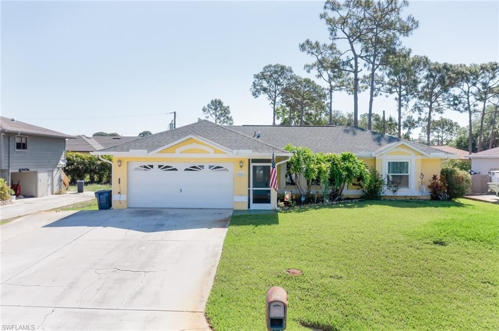 18253 Maple Road, Fort Myers, FL 33967 - #: 221028428
