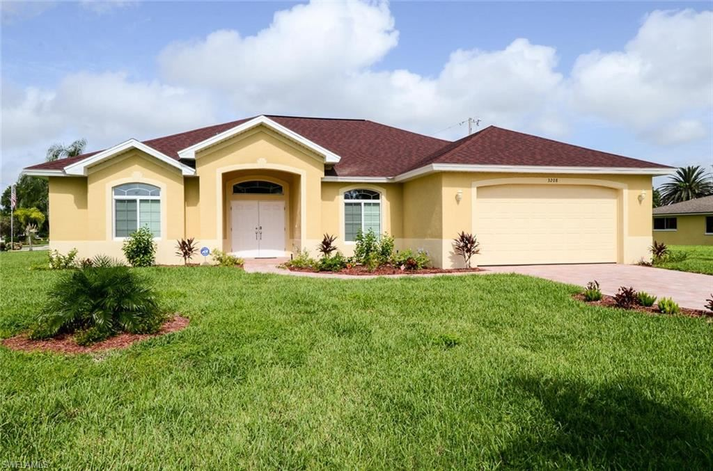 3208 SE 4th Avenue, Cape Coral, FL 33904 - #: 221009433