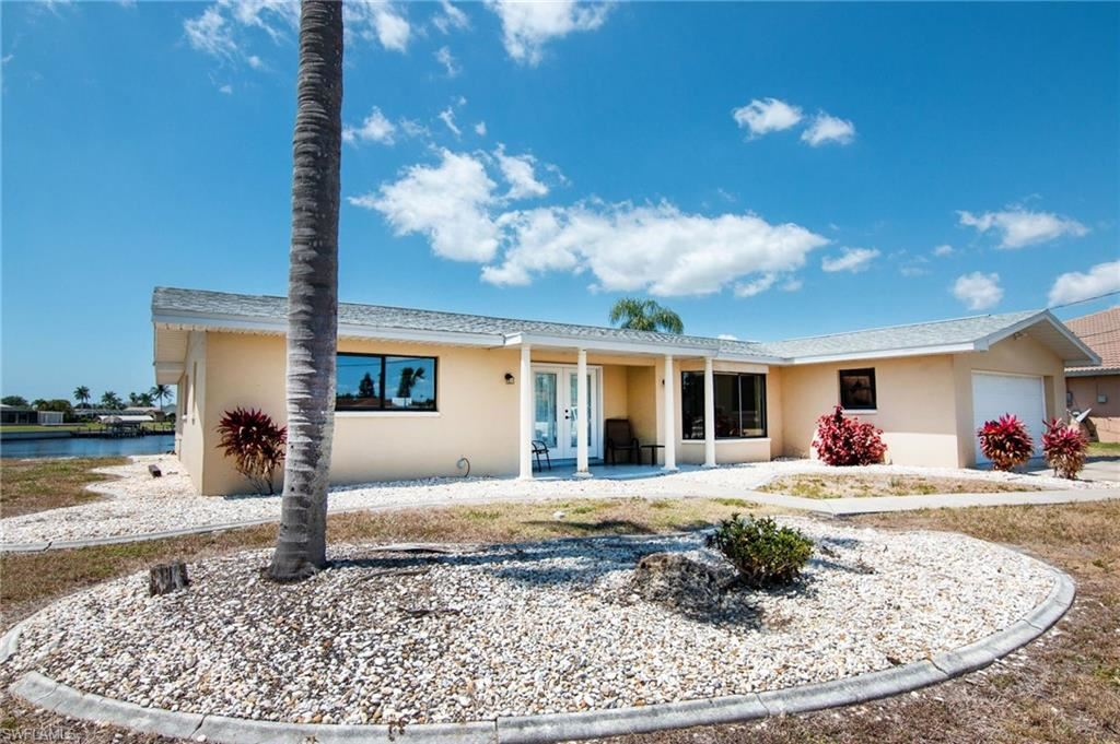2728 Shelby Parkway, Cape Coral, FL 33904 - #: 221026434