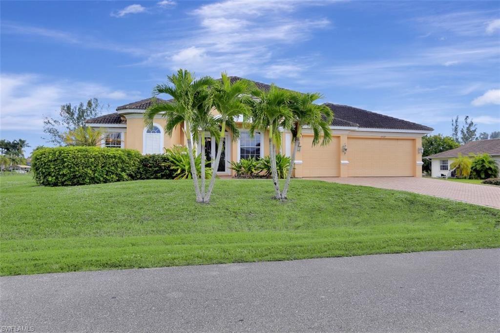 3527 SW 28th Avenue, Cape Coral, FL 33914 - #: 220069444