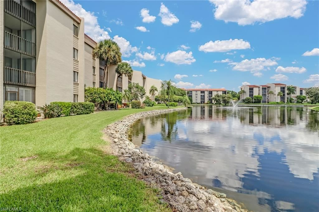 Photo of 4240 Steamboat Bend #405, FORT MYERS, FL 33919 (MLS # 220055450)