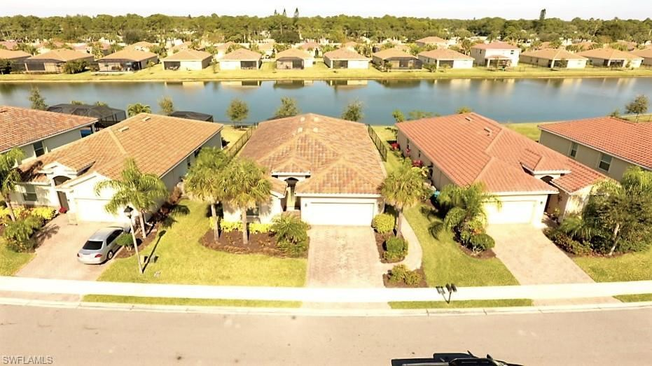 2533 Laurentina Lane, Cape Coral, FL 33909 - #: 221002455