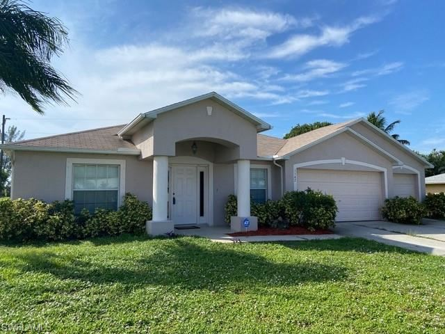 1142 SW 14th Terrace, Cape Coral, FL 33991 - #: 220066458