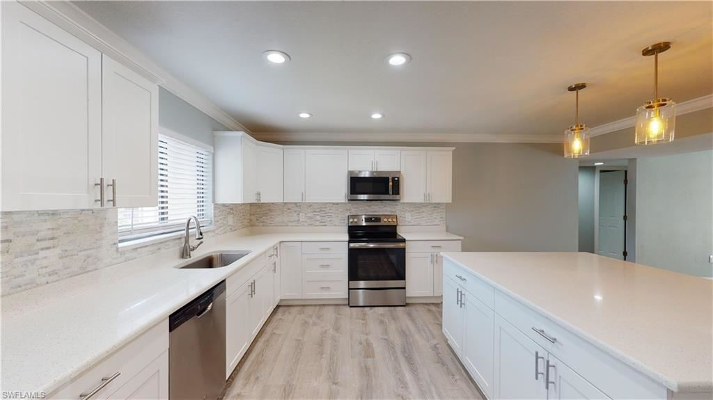 Photo of 4250 Steamboat Bend #205, FORT MYERS, FL 33919 (MLS # 220022463)