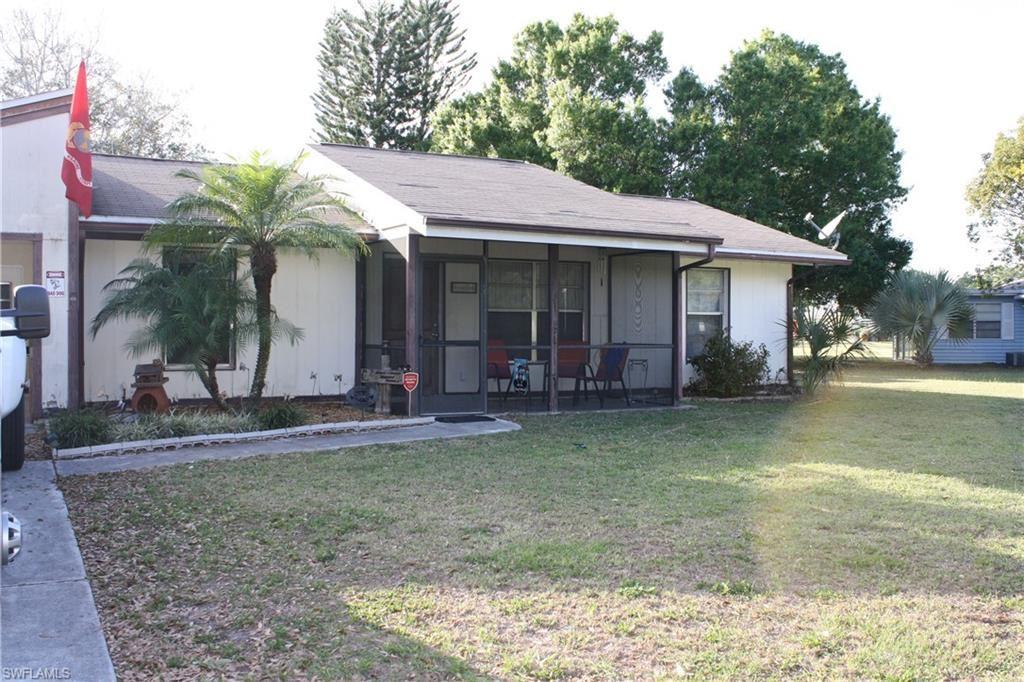 321 Schoolside Drive, Lehigh Acres, FL 33936 - #: 220052471