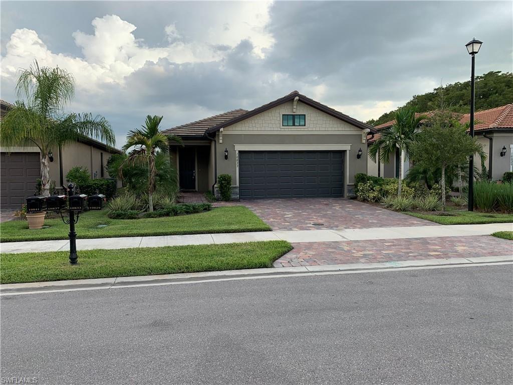 10833 Glenhurst Street, Fort Myers, FL 33913 - #: 220055480