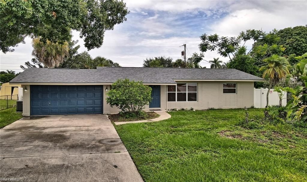 1037 Wilshire Drive, Fort Myers, FL 33919 - #: 219079489