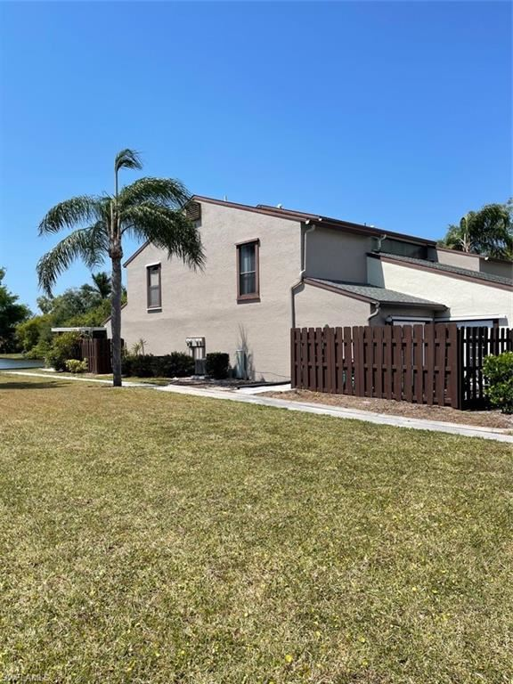 12924 Meadowood Court, Fort Myers, FL 33919 - #: 221022516