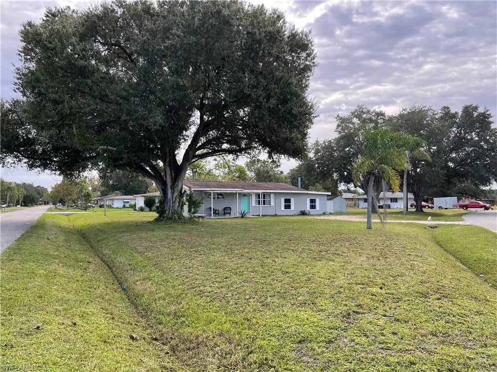 2741 Lakeview Drive, Fort Myers, FL 33905 - #: 220065523