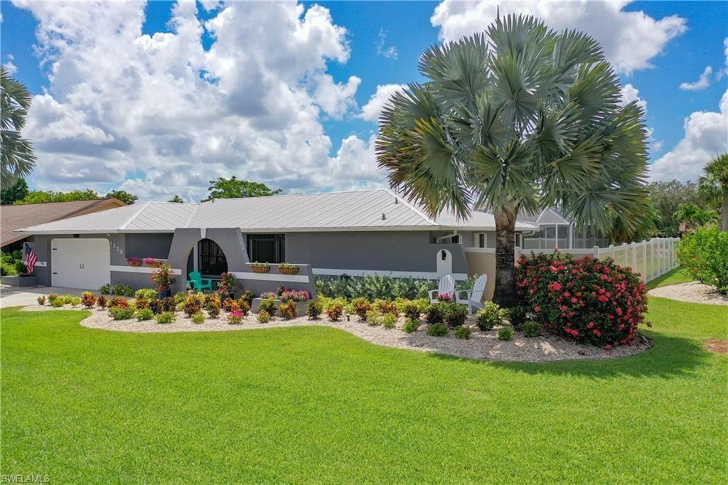 1339 Chalon Lane, Fort Myers, FL 33919 - #: 221052525