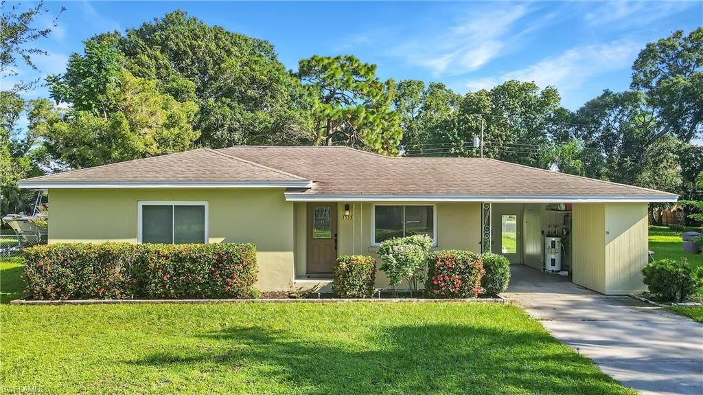 1533 Coconut Drive, Fort Myers, FL 33901 - #: 221065525