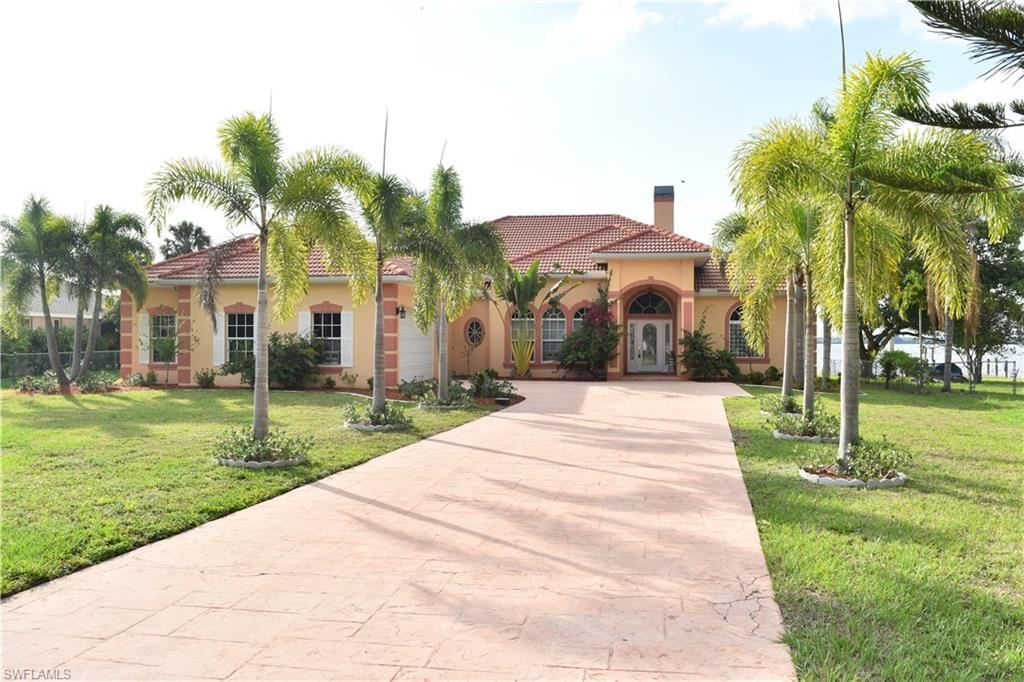 4041 E River Drive, Fort Myers, FL 33916 - #: 220036530
