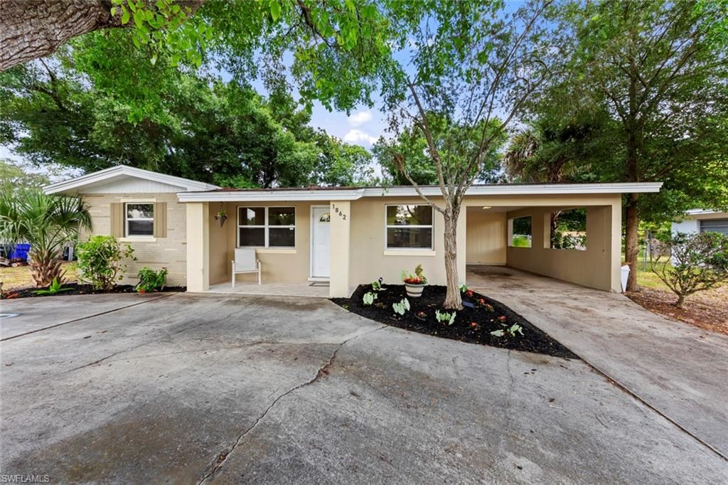 1862 Collier Avenue, Fort Myers, FL 33901 - #: 221037541