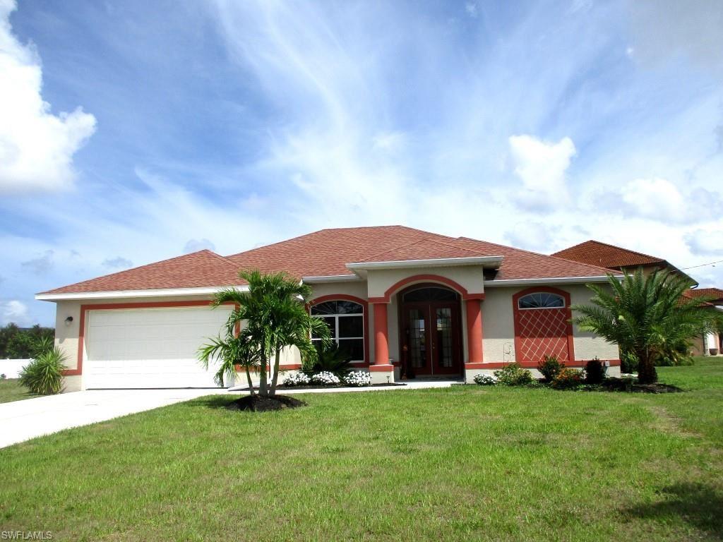 823 SW 15th Street, Cape Coral, FL 33991 - #: 221037542