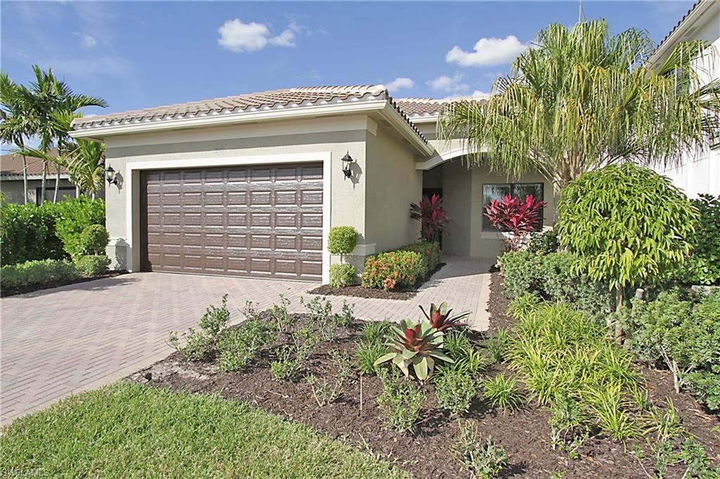 11511 Meadowrun Circle, Fort Myers, FL 33913 - #: 220004544