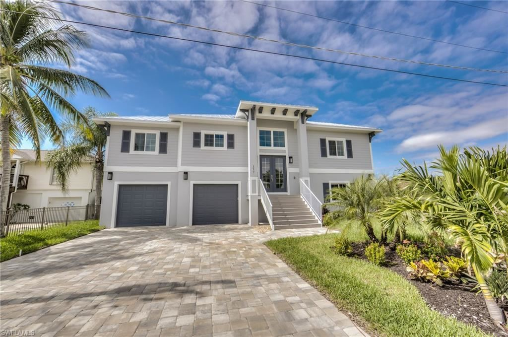 117 Sand Dollar Drive, Fort Myers Beach, FL 33931 - #: 218084545