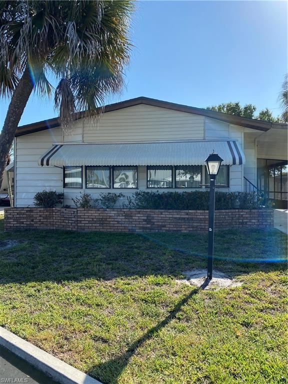 22 Carriage Lane, North Fort Myers, FL 33917 - #: 221036547