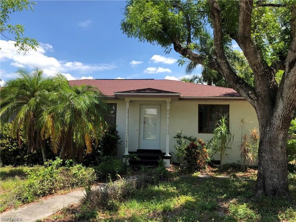 1629 Poinsettia Avenue, Fort Myers, FL 33901 - #: 221008551