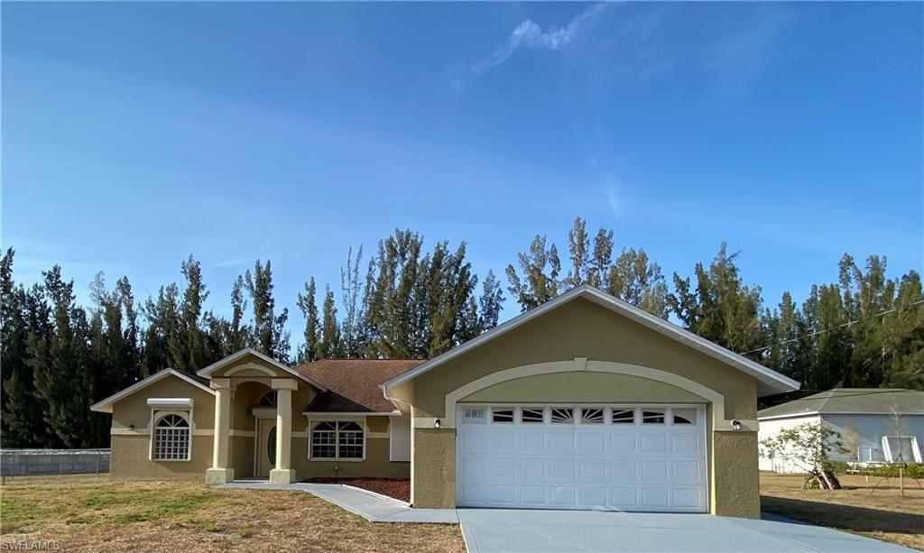 1907 Wade Drive, Cape Coral, FL 33991 - #: 221026564