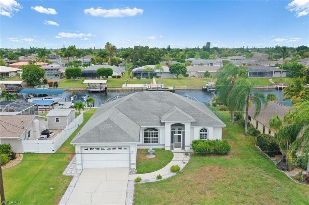 1221 SE 36th Terrace, Cape Coral, FL 33904 - #: 221040565